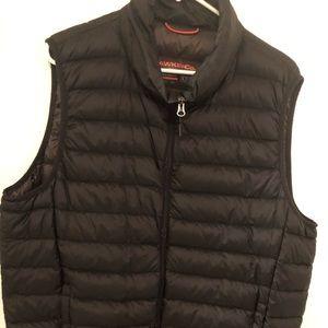 Hawke black women's puffer vest size Large